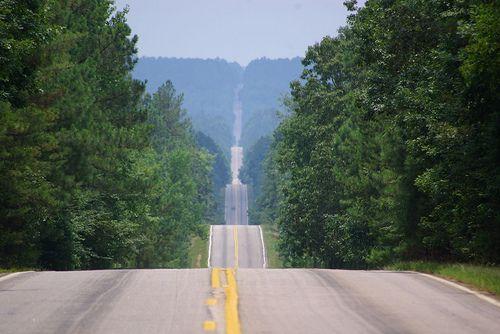 148ed571bfbf26b34f05fac0d76f2248--winding-road-country-roads